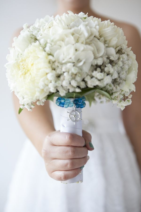 how to make your own bridal party bouquets