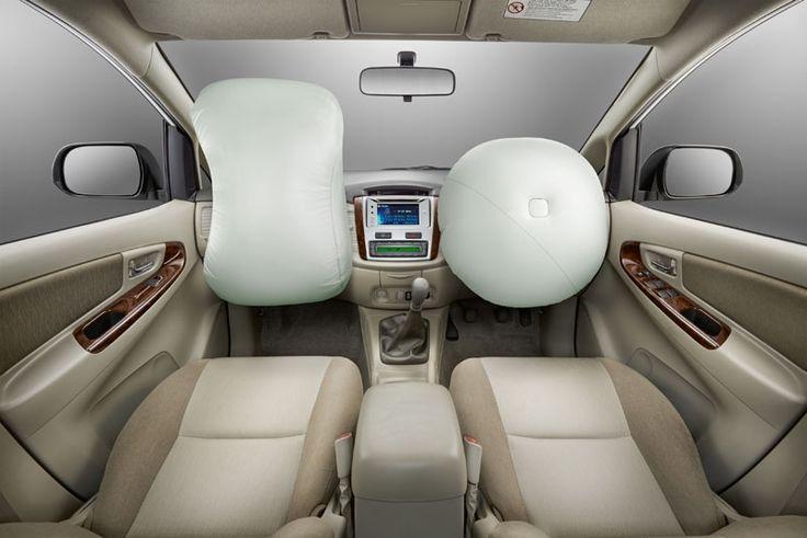 new Kijang Innova New V Lux Bensin Interior 3