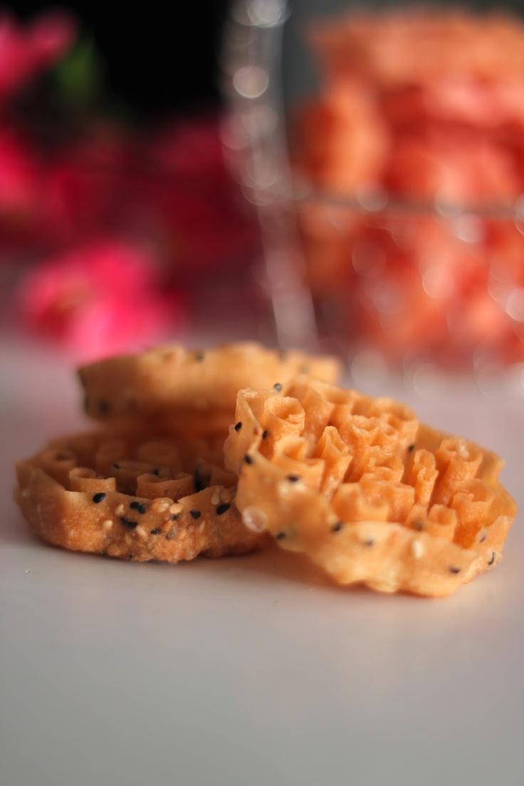 蜂窝饼 (Kuih Rose/ Kuih Loyang/ Cookies