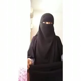 Featuring our video tutorial for #niqabzarisa2ndbatch. . Sebab ramai yang tanya macam mana nak pakai kan, so we brought you this video. Kalau nak belajar macam mana nak pakai #niqabzarisa ni kena selalu ulang video ni sampai dapat. Okay ladies! . Thank you for following us . #niqabistabayavideo #ourcollections #niqabzarisa2ndbatch #tutorialniqabzarisa