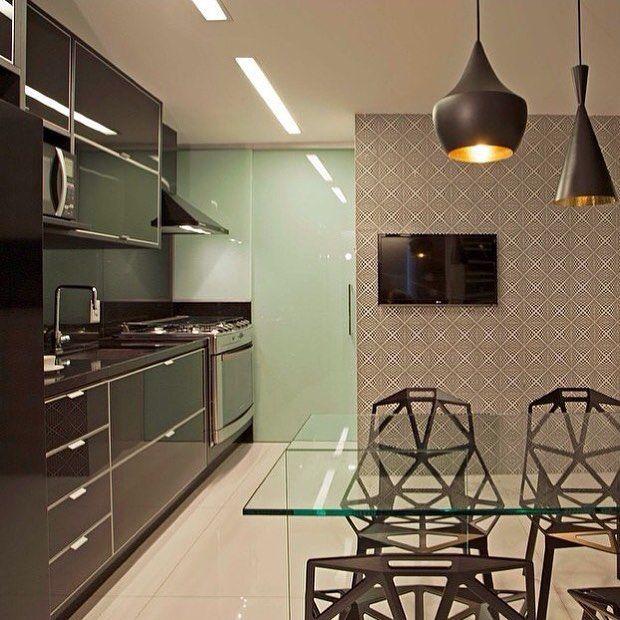 30 Inspirações para sua cozinha preta