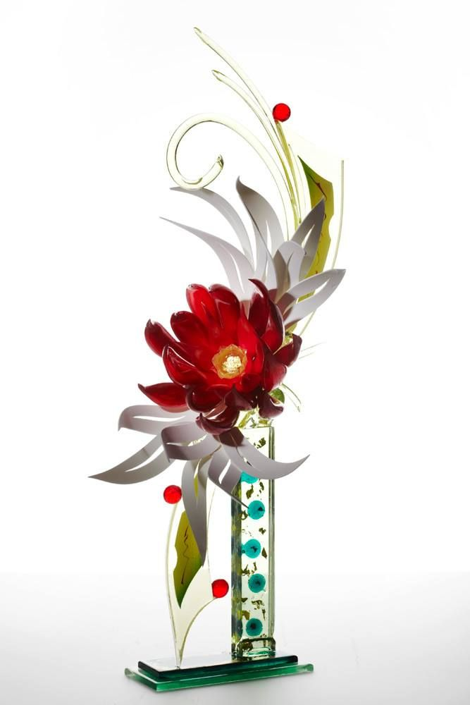 Incredible, Edible Sugar art by Foot Artist Ewald Notter! Colorful, floral sculpture! Food Art!