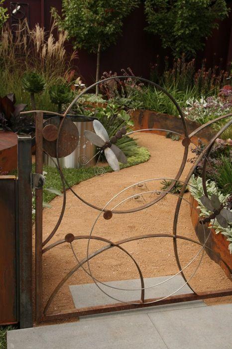 Metal dragonfly gate, MIFGS 2010 design Thomas & Wells