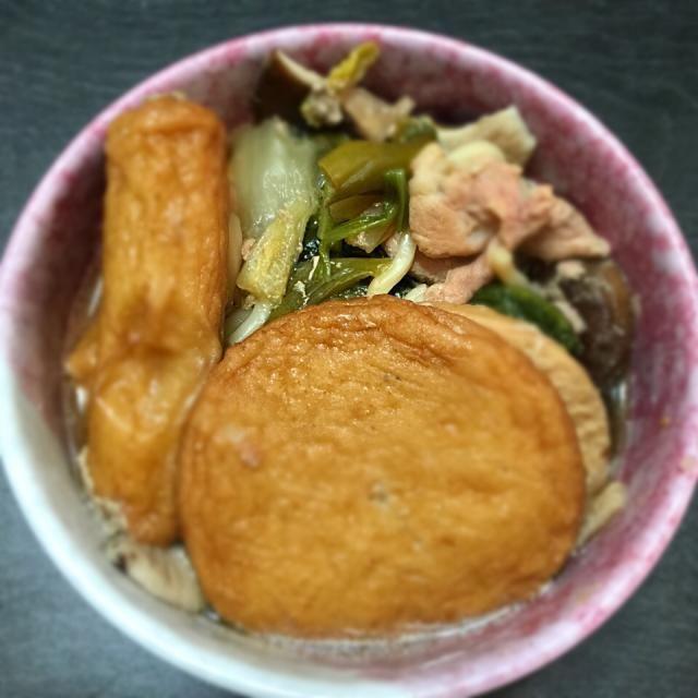 昨日煮込みラーメンの残りでテキトーにおでんの具とスープを入れたものww - 6件のもぐもぐ - おでんと野菜の詰合せ by kimurasakura
