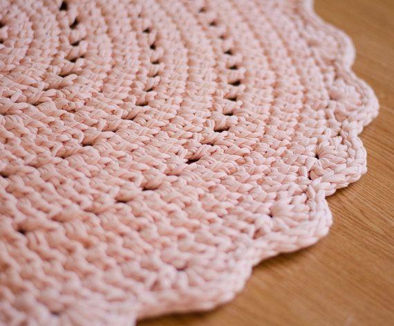 Teppich altrosa  Die 25+ besten Rosa teppich Ideen auf Pinterest | aztekischer ...