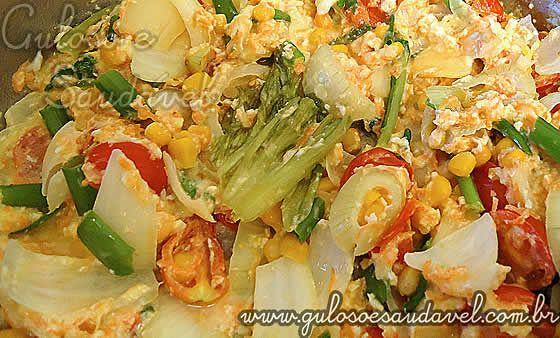 Receita de Salada de Legumes com Ovos Mexidos
