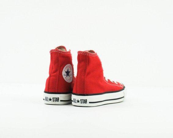 Zapatilla botín Converse roja