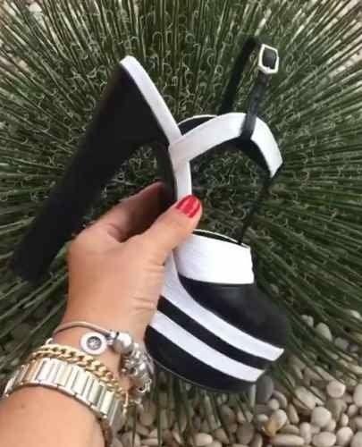 Veja nosso novo produto Sapatos Femininos Plataforma Salto 15 Couro Legitimo ! Se gostar, pode nos ajudar pinando-o em algum de seus painéis :)