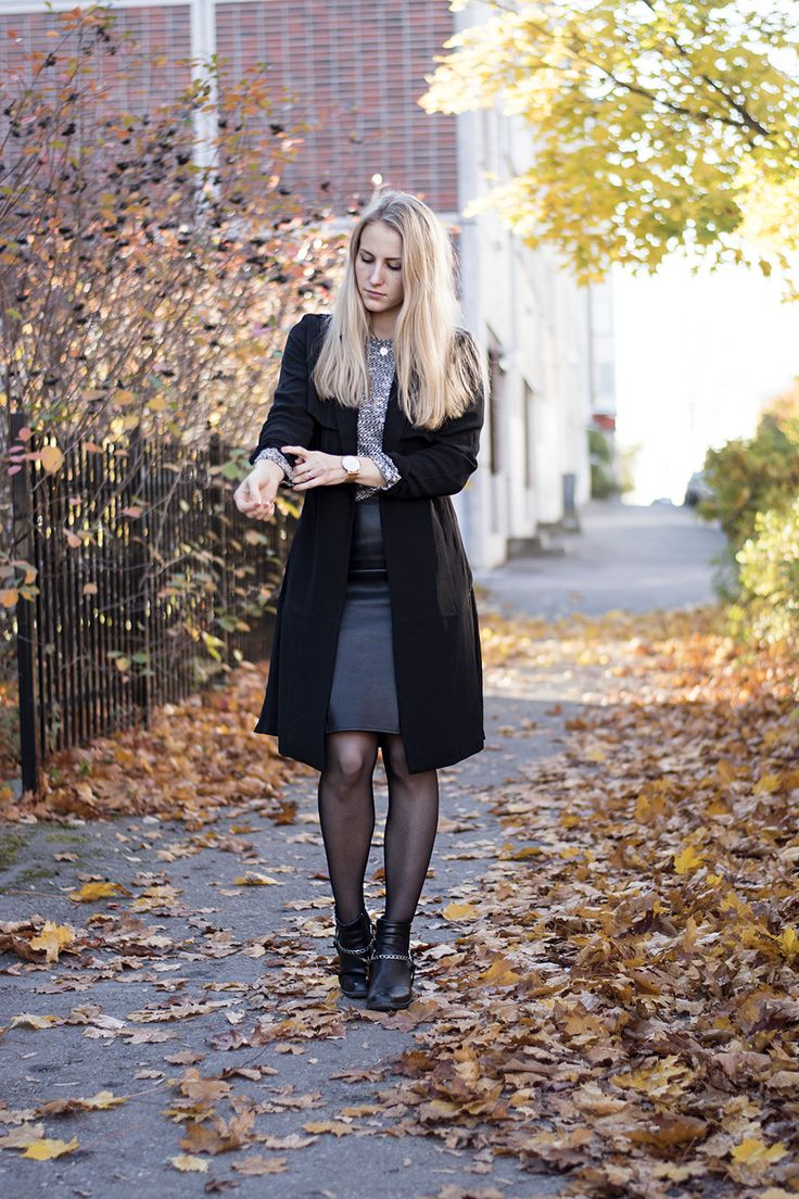 outfit-sandraemilia-black-leather-skirt-skinnkjol-blond-muoti