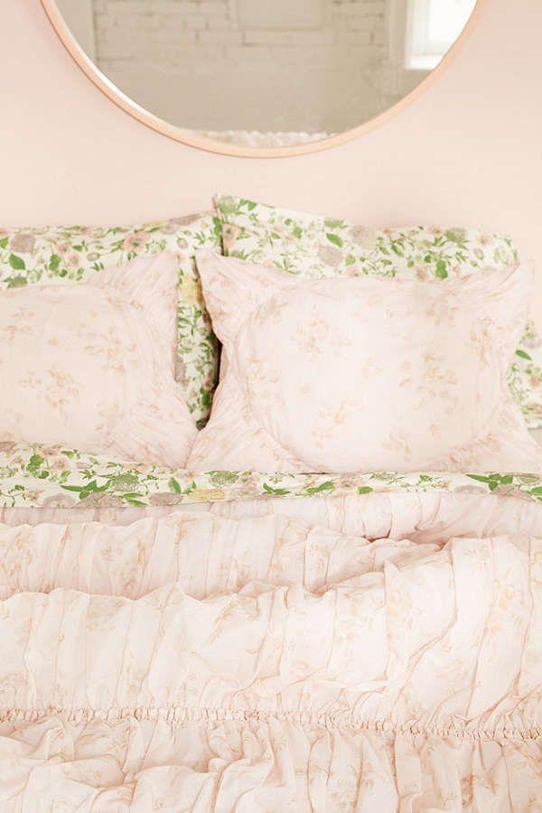 Slide View: 1: Rita Floral Ruffle Comforter