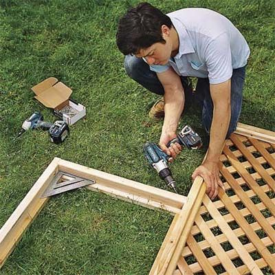 How to build a trellis for How to build a lattice screen fence