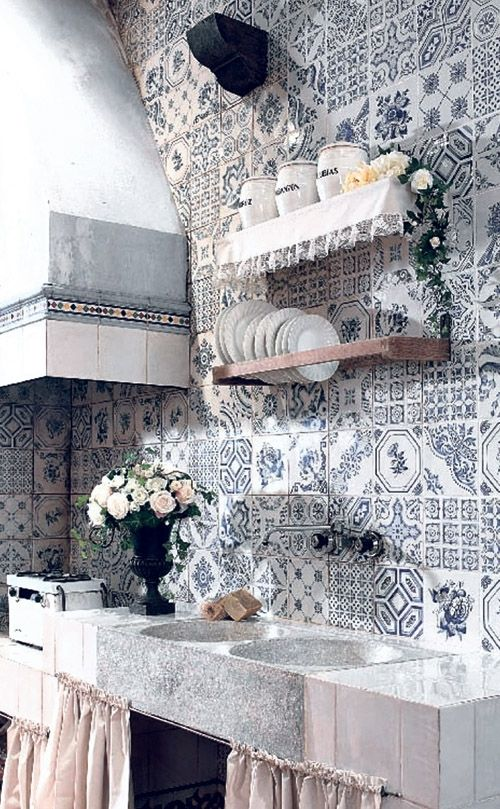 (+1) Мозаичная плитка в декоре интерьеров
