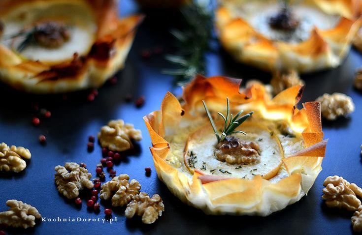 Tartaletki z Serem pleśniowym i Karmelizowanymi  Jabłkami