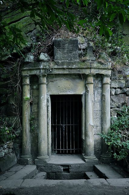 The well, on the grounds of Eglinton Castle ruins in Ayrshire, Scotland, was built to commemorate Lady Eglinton who had married Alexander Montgomerie, 8th Earl of Eglinton after the death of her husband. circa 1600's.