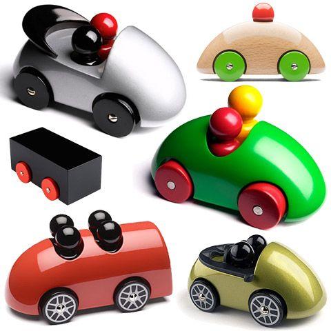 Brinquedos Ecológicos e Atóxicos Feitos de Madeira