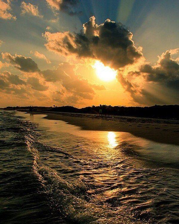 Playa del Carmen Quintana Roo Mexico  By @geovanlux - #rivieramaya2017 #sunset #clouds #gold #sky #visitmexico #qoolmx #playadelcarmen #beachlife #caribbean #goodvibes #life #outside #love #relax #getaway #bucketlist #quintanaroo #vivamexico #heaven