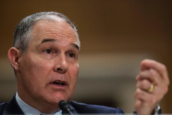 Profiles in courage at EPA as over 400 professional staff (worked under both parties) protest against new Head.   But that's exactly what's happening...