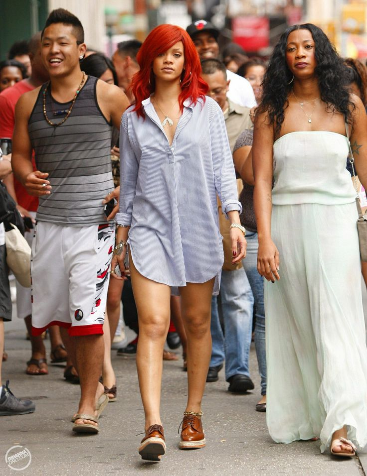 is rihanna dating Rihanna's rumored beau has reportedly been identified.