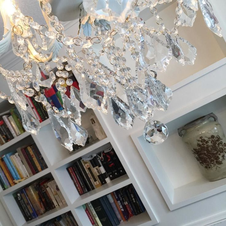 Details. Library/Parlour 299 Sarnia - agent open today until noon. November 22 #realestate #openhouse #ldnont www.kimcan.ca