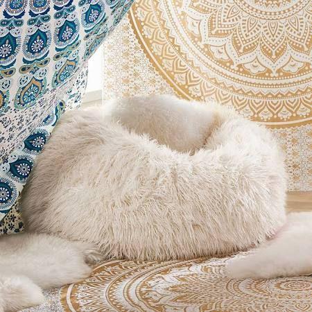 Die besten 25+ Sitzsack aus Pelz Ideen auf Pinterest Bohnen - gemutlichkeit zu hause strick woll fellmobel decken