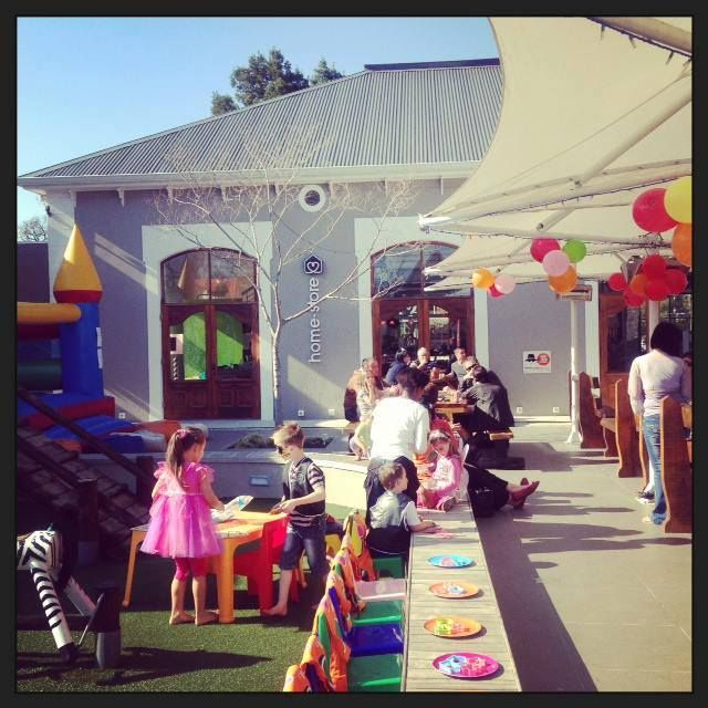 Planning a kiddies party? No problem - we have you covered at Caledon Square! With our awesome outdoor play area, Primi Piatti and soon-to-open Wakaberry, your kiddies party will be super-awesome! #kiddies #kiddiesparty #events