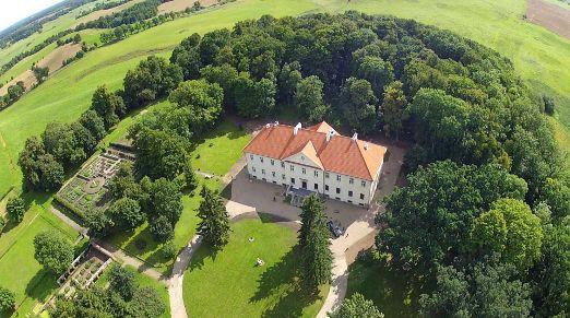 Nakomiady Palace http://www.historichotelsofeurope.com/en/Hotels/nakomiady-palace.aspx