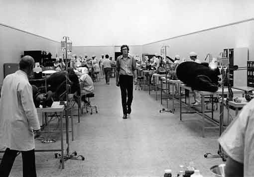 Michael Crichton in the Repair Room Set - WestWorld
