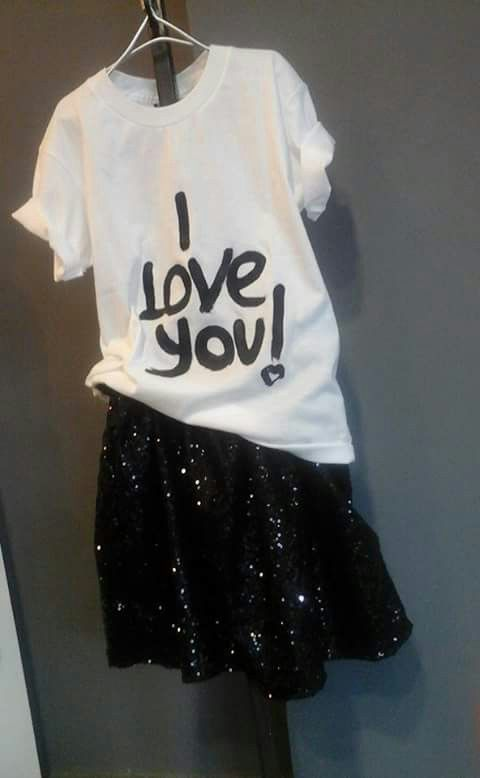 Fashion girl T.shirt & paillettes♡