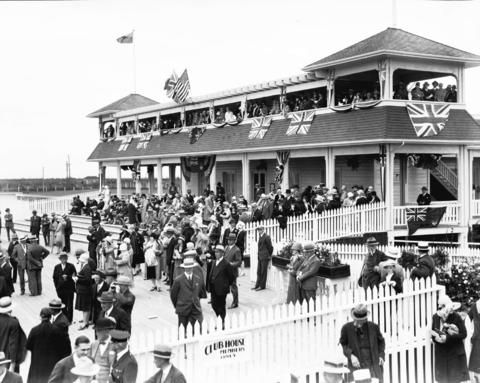 Lansdowne races, opening day - City of Vancouver Archives