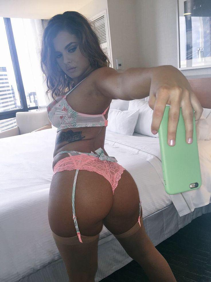 perfect body quebec pornstar