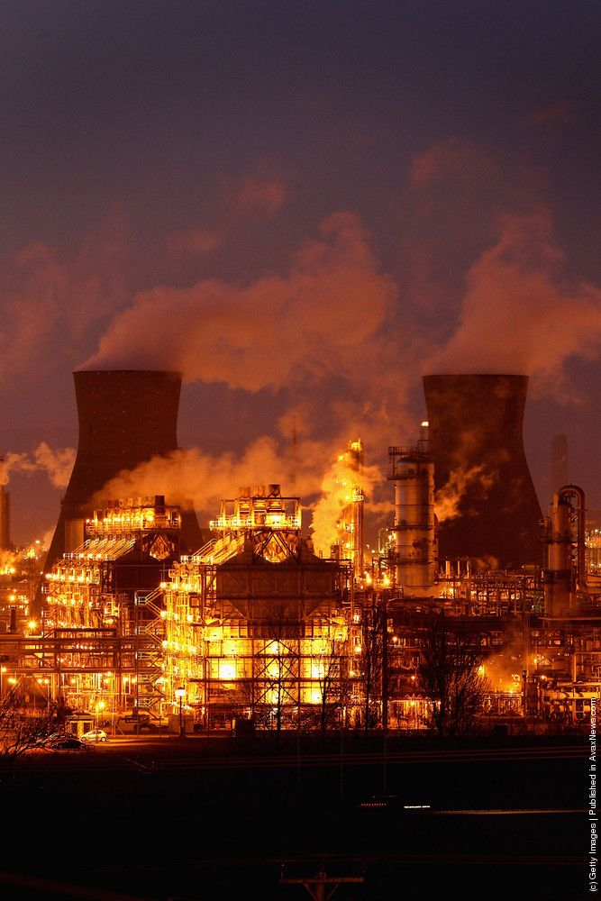 The Sun Sets On Grangemouth Oil Refinery