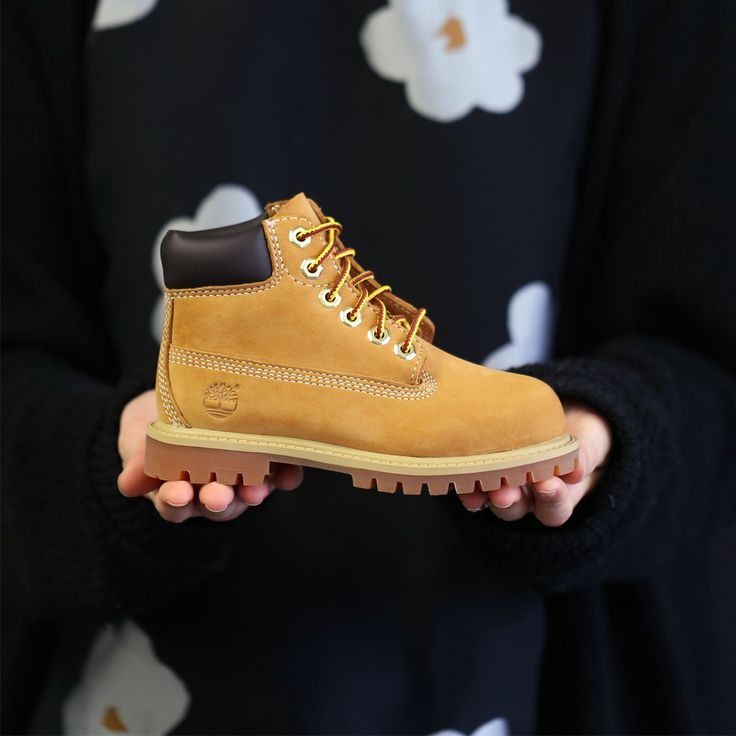 How cute are these kids Timberland boots? More sizes now available! http://www.shoeconnection.co.nz/products/TIICRW5L2BE