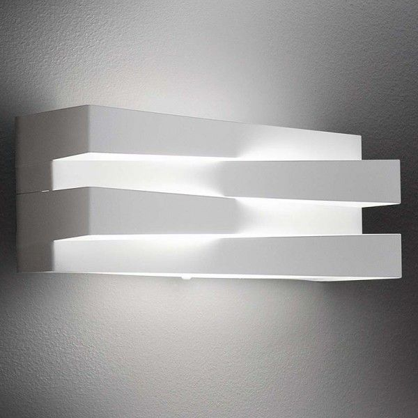 Panzeri Cross lampada a parete LED a luce diretta e indiretta, colore bianco di design Andrea Lazzari - Stilluce-Store