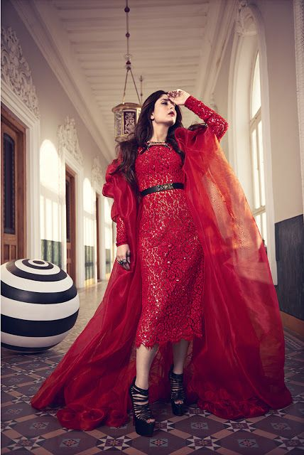 Bollywood, Tollywood & Más: Kareena Vogue Abhay Singh Photography