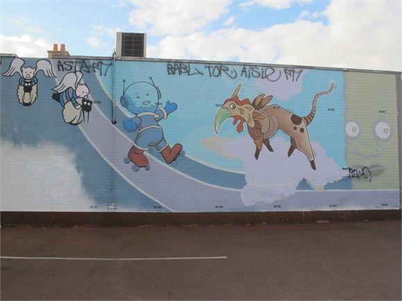 "Kyle Hughes Odgers ""Creepy"", Paul Ikin, Ololo Mural"