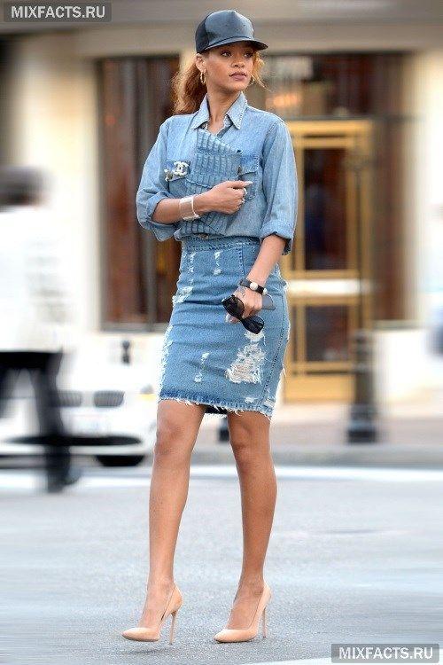 Что носить с джинсовой юбкой?