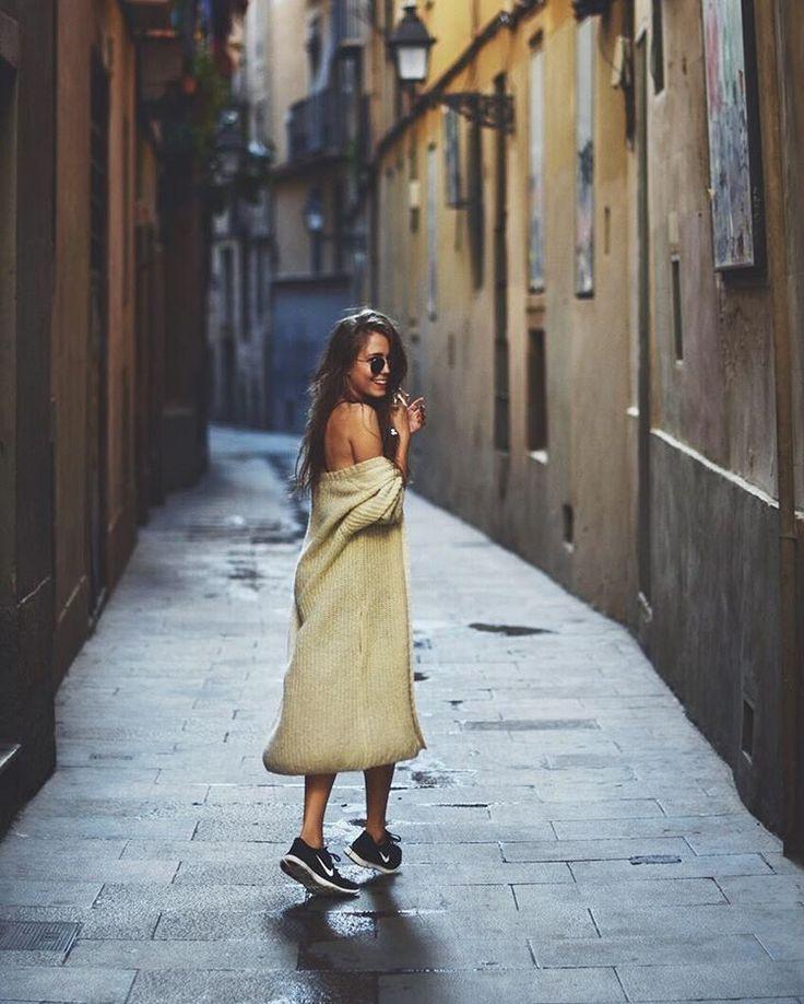 """""""New post is up on my blog www.jestemkasia.com  / Pamiętacie moją miłosną historię z Barcelony? #chloélovestory ma nową odsłonę - poznajcie najnowszy…"""""""