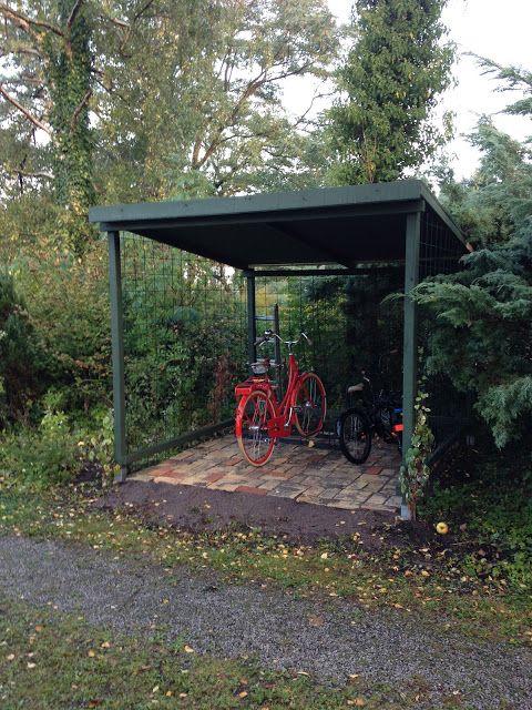 Villavägen 3: Cykelskjul