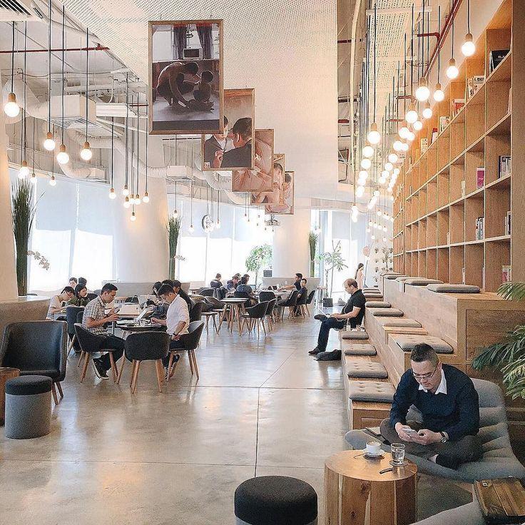 Work Cafe Saigon - Lầu 2 Bitexco tower 2 Hải Triều Quận 1. Repost @leon2108  #nccsaigon #nhacuacoffeeholic by nhacuacoffeeholic