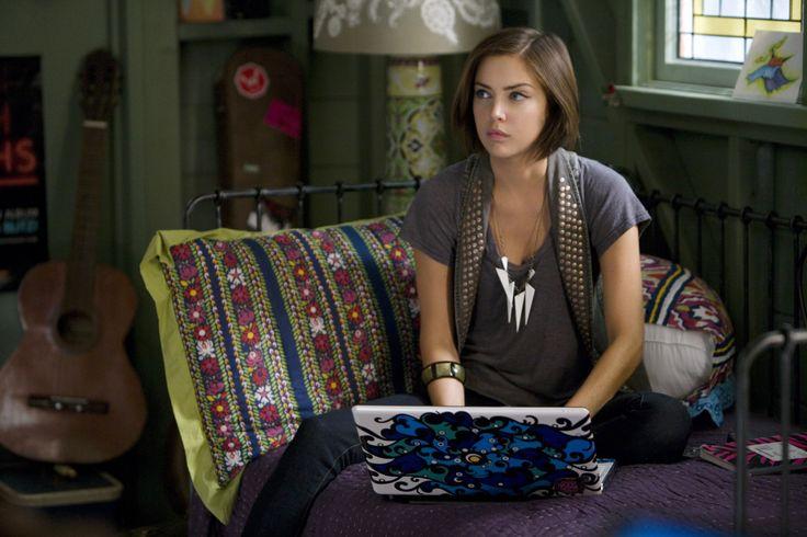 Jessica Stroup - 90210 Season 2