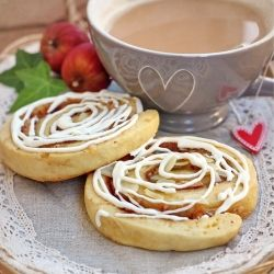 Cinnamon Rolls with Apple and Marzipan