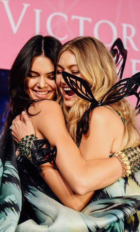 Gigi Hadid ♥ Kendall Jenner at Victoria's Secret Fashion Show