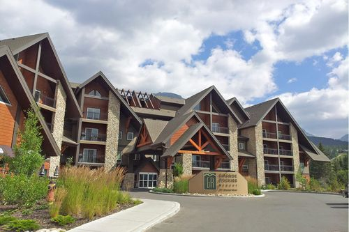 Pre-Pay & Save 20% at Grande Rockies Resort in Canmore AB