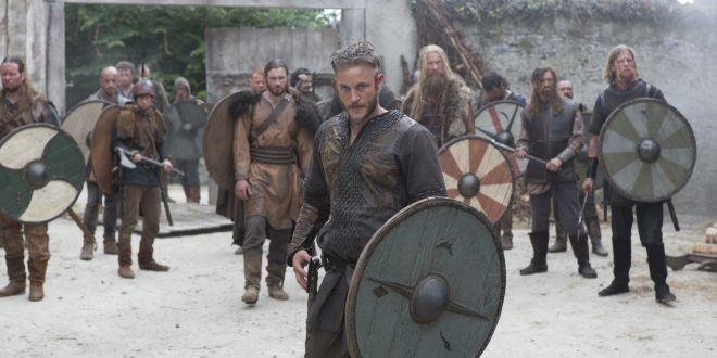 vikings+tv+show   ... as Ragnar Lothbrok, centre, in Vikings. Photo: History Television