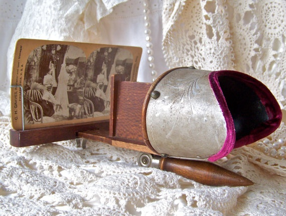 Antique Stereo Card Viewer Stereoscope Stereograph