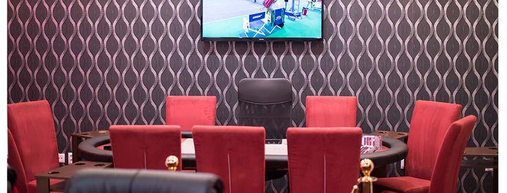Gentlemen's Poker Club este primul si cel mai iubit club de poker din Timisoara. Atmosfera distinsa intr-un mediu sigur fac din clubul nostru cel mai bun loc in