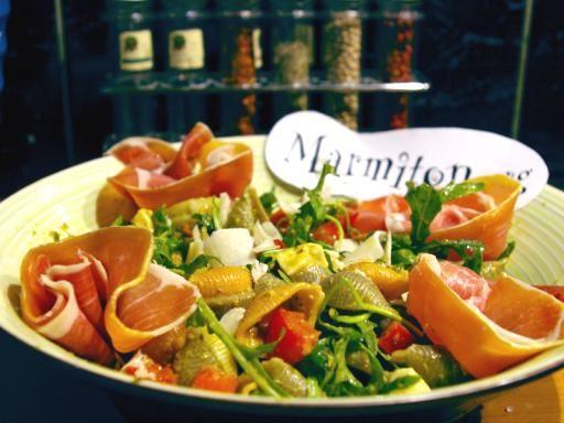Recette de Salade italienne aux deux tomates