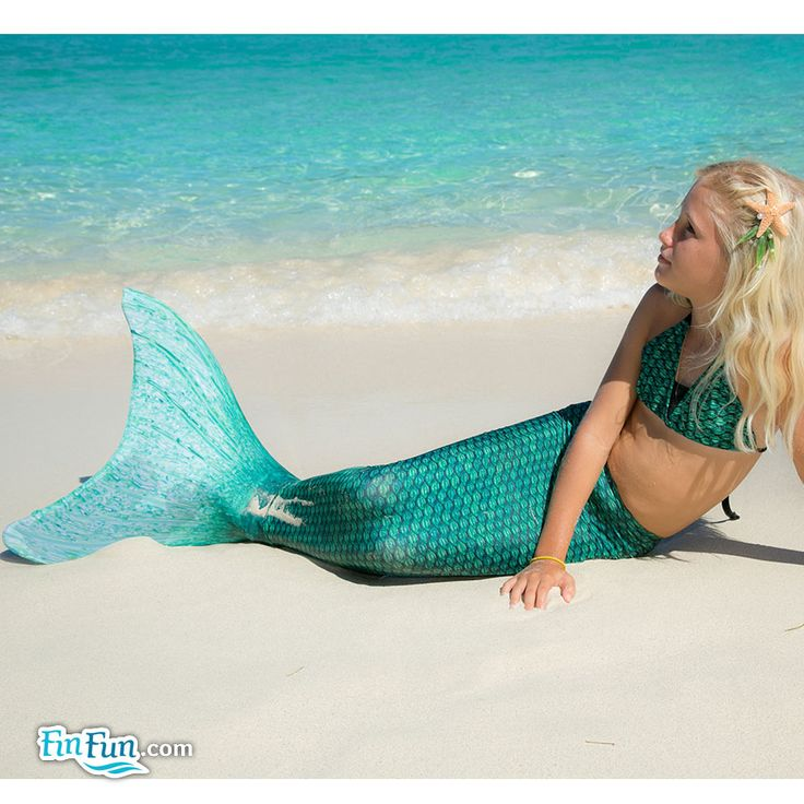 Look at this cute mermaid and her gorgeous Fin Fun mermaid tail!!
