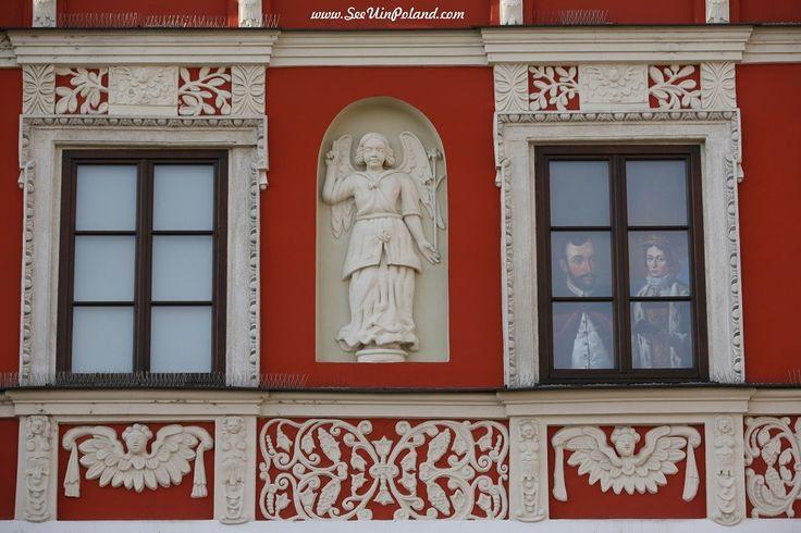 Kamienica pod Aniołem. | Tenement Under the Angel. #kamieniceormianskie #armienianhouses #angel #facade #tenement #zamosc #zamość #unesco #lubelskie #polska #poland #seeuinpoland #visitpoland