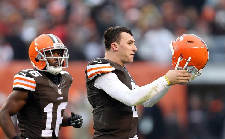 Terrelle Pryor Is Mike Pettine's Security Blanket For Johnny Manziel - http://movietvtechgeeks.com/terrelle-pryor-is-mike-pettines-security-blanket/-The Cleveland Browns may be 2-9 right now and only a few weeks away from earning the first overall pick and firing everyone associated with the organization, but for some people *cough* Mike Pettine *cough* being right is much more important